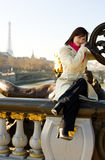 όμορφο κορίτσι Παρίσι Στοκ Φωτογραφία