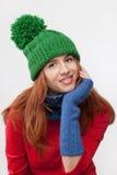 Όμορφο κορίτσι σε μια ΚΑΠ Στοκ εικόνες με δικαίωμα ελεύθερης χρήσης