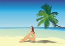 Όμορφο κορίτσι σε μια παραλία Στοκ εικόνες με δικαίωμα ελεύθερης χρήσης