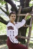 Όμορφο κορίτσι στα ουκρανικά εθνικά ενδύματα Στοκ φωτογραφίες με δικαίωμα ελεύθερης χρήσης