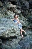 Όμορφο κορίτσι στην παραλία Στοκ Εικόνες