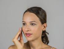Όμορφο κορίτσι de -de-makeup Στοκ φωτογραφίες με δικαίωμα ελεύθερης χρήσης