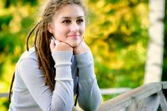 όμορφο κορίτσι dreadlocks Στοκ Εικόνες