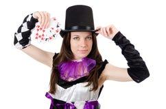 Όμορφο κορίτσι jester στο κοστούμι με τις κάρτες που απομονώνεται Στοκ Εικόνες