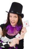 Όμορφο κορίτσι jester στο κοστούμι με τις κάρτες που απομονώνεται Στοκ Φωτογραφία