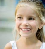 όμορφο κορίτσι liitle στοκ εικόνα με δικαίωμα ελεύθερης χρήσης