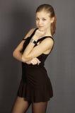όμορφο κορίτσι oung που σκέφτεται Στοκ εικόνα με δικαίωμα ελεύθερης χρήσης