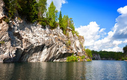 όμορφο μαρμάρινο καλοκαίρι τοπίων φαραγγιών Στοκ Εικόνες