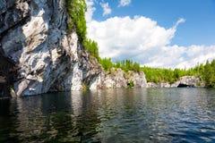 όμορφο μαρμάρινο καλοκαίρι τοπίων φαραγγιών Στοκ φωτογραφίες με δικαίωμα ελεύθερης χρήσης