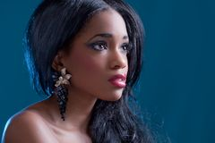 όμορφο μαύρο κορίτσι Στοκ φωτογραφία με δικαίωμα ελεύθερης χρήσης