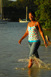 όμορφο μαύρο νησί κοριτσιών Στοκ εικόνες με δικαίωμα ελεύθερης χρήσης