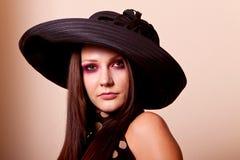 όμορφο μοντέλο μόδας brunette Στοκ Φωτογραφία