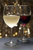 όμορφο μπροστινό κόκκινο άσπρο κρασί ανασκόπησης Στοκ εικόνες με δικαίωμα ελεύθερης χρήσης