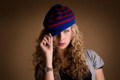 Όμορφο νέο γοητευτικό κορίτσι Στοκ Φωτογραφίες