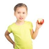 Νέο κορίτσι που τρώει τη Apple Στοκ φωτογραφία με δικαίωμα ελεύθερης χρήσης