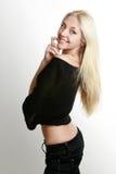 όμορφο ξανθό εύθυμο κορίτ&sigm Στοκ Εικόνες