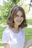 Όμορφο ξανθό κορίτσι δεκατέσσερα χρονών στοκ φωτογραφία με δικαίωμα ελεύθερης χρήσης