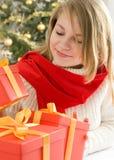 όμορφο ξανθό τρίχωμα κοριτ&sigm Στοκ εικόνες με δικαίωμα ελεύθερης χρήσης