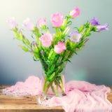 Όμορφο λουλούδι κουδουνιών Στοκ εικόνα με δικαίωμα ελεύθερης χρήσης