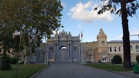 Όμορφο παλάτι Dolmabahce στη Ιστανμπούλ Τουρκία στοκ εικόνες με δικαίωμα ελεύθερης χρήσης