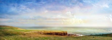 Όμορφο πανοραμικό τοπίο σε έναν νότο της Ιρλανδίας Στοκ φωτογραφία με δικαίωμα ελεύθερης χρήσης