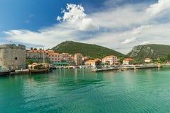 Όμορφο πανόραμα της πόλης του Μαλί Ston, αδριατική θάλασσα, Κροατία Στοκ εικόνες με δικαίωμα ελεύθερης χρήσης