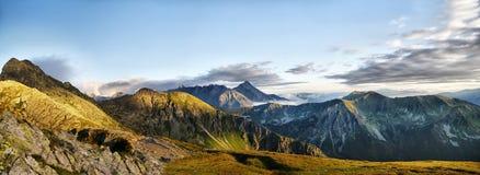 Όμορφο πανόραμα των βουνών Tatra, Åšwinica Στοκ εικόνα με δικαίωμα ελεύθερης χρήσης