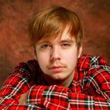 Όμορφο πορτρέτο νεαρών άνδρων Στοκ Εικόνα