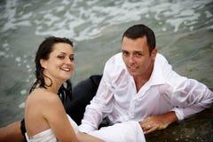όμορφο πορτρέτο honeymooners νεόνυμφ&om στοκ εικόνες