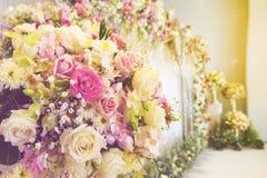 Όμορφο πολυτελές γαμήλιο σκηνικό Στοκ φωτογραφίες με δικαίωμα ελεύθερης χρήσης
