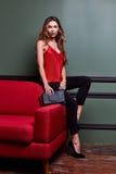 Όμορφο προκλητικό ξανθό yang γυναικών μέρος φορεμάτων γυναικείας όμορφο ένδυσης μακροχρόνιο Στοκ Εικόνες
