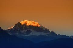 Όμορφο πρώτο φως από την ανατολή στο υποστήριγμα Kanchenjugha, Ιμαλάια, Sikkim, Ινδία Στοκ εικόνα με δικαίωμα ελεύθερης χρήσης