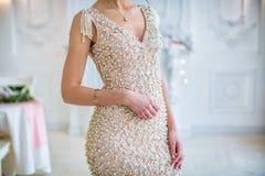 Όμορφο ρόδινο φόρεμα στο κορίτσι Στοκ φωτογραφία με δικαίωμα ελεύθερης χρήσης