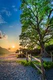 Όμορφο σούρουπο στη λίμνη στη λίμνη περιοχής, UK Στοκ φωτογραφίες με δικαίωμα ελεύθερης χρήσης