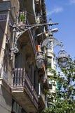 Όμορφο σπίτι και φω'τα στη Βαρκελώνη Στοκ Εικόνα