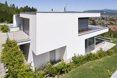 όμορφο σπίτι σύγχρονο στοκ φωτογραφίες με δικαίωμα ελεύθερης χρήσης