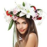 όμορφο στεφάνι γυναικών λουλουδιών Στοκ Εικόνες