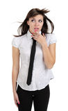 Όμορφο στοχαστικό κορίτσι με το πουκάμισο και το δεσμό Στοκ Εικόνες