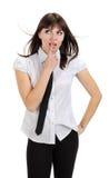 Όμορφο στοχαστικό κορίτσι με το πουκάμισο και το δεσμό Στοκ Φωτογραφία