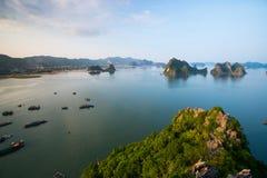 Όμορφο τοπίο θάλασσας στο μακρύ κόλπο εκταρίου, Βιετνάμ Στοκ φωτογραφίες με δικαίωμα ελεύθερης χρήσης