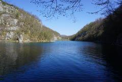 Όμορφο τοπίο κατά μήκος του τρόπου στο εθνικό πάρκο λιμνών Plitvice Στοκ Εικόνες