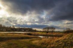 Όμορφο τοπίο στον ποταμό Στοκ φωτογραφία με δικαίωμα ελεύθερης χρήσης