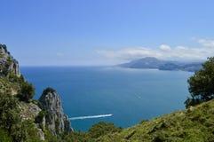 Όμορφο τοπίο της άγριων φύσης και του ωκεανού στοκ φωτογραφία