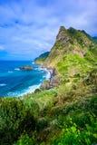 Όμορφο τοπίο τοπίων του νησιού της Μαδέρας - δείτε από Miradouro de Sao Cristovao στη βόρεια ακτή, περιοχή του Vicente Σάο στοκ φωτογραφίες με δικαίωμα ελεύθερης χρήσης