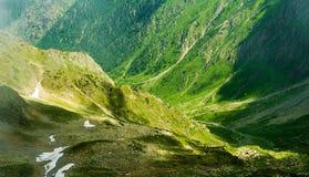 Όμορφο τοπίο των ρουμανικών βουνών Negoiu Porumbacu de Sus Cabana Negoiu Sibiu Δασικές καταπληκτικές διακοπές ι Στοκ εικόνα με δικαίωμα ελεύθερης χρήσης