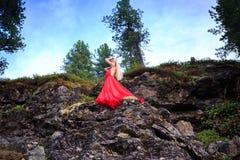 όμορφο τρίχωμα κοριτσιών μακρύ Στοκ φωτογραφίες με δικαίωμα ελεύθερης χρήσης