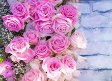 Όμορφο υπόβαθρο λουλουδιών για τη γαμήλια σκηνή Στοκ εικόνες με δικαίωμα ελεύθερης χρήσης