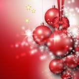 Όμορφο υπόβαθρο με τα κόκκινα μπιχλιμπίδια Χριστουγέννων διανυσματική απεικόνιση