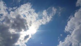 Όμορφο υπόβαθρο των σύννεφων απόθεμα βίντεο