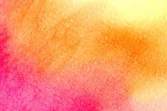Όμορφο υπόβαθρο watercolor δονούμενο πορτοκαλή ρόδινο κόκκινο σε κίτρινο Μεγάλος για τις συστάσεις και τα υπόβαθρα για τα προγράμ ελεύθερη απεικόνιση δικαιώματος